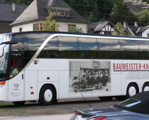 Bus Baumeister-Knese