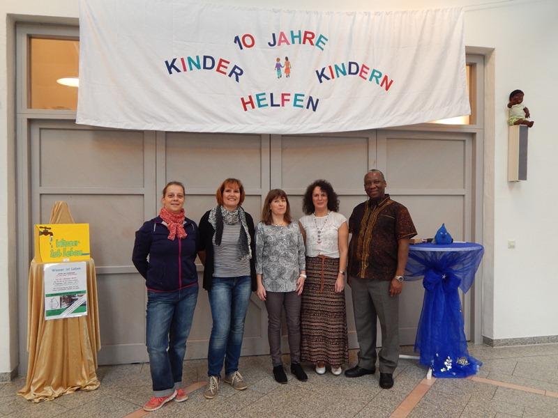Kinder Helfen Kindern 091