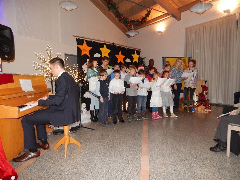 kinder-helfen-kindern-11-12-16-010